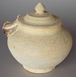 Sisatchanalai celadon jar with sealed lid from the Royal Nanhai, height 18.5cm