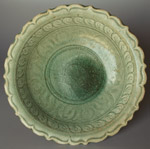 Sisatchanalai celadon plate from the 'Royal Nanhai', diameter 29cm