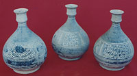 Sisatchanalai cup-mouthed bottles, height 20cm, diameter 13cm.